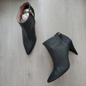 Louise et Cie Warley Pointy Toe Bootie Size 9.5
